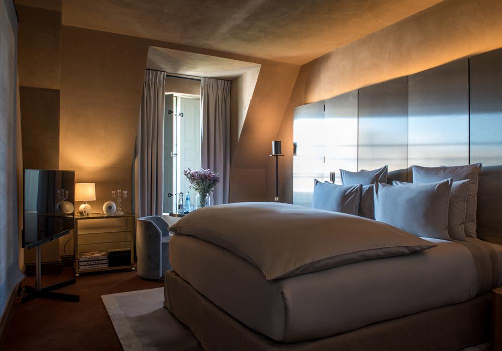 chambre deluxe hotel 5 etoiles place des vosges