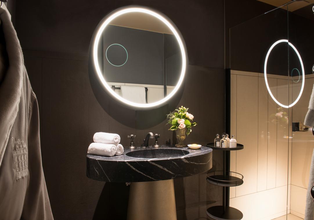 Cour_des_Vosges_Suite-102_Hotel-5-etoiles_Gdelaubier