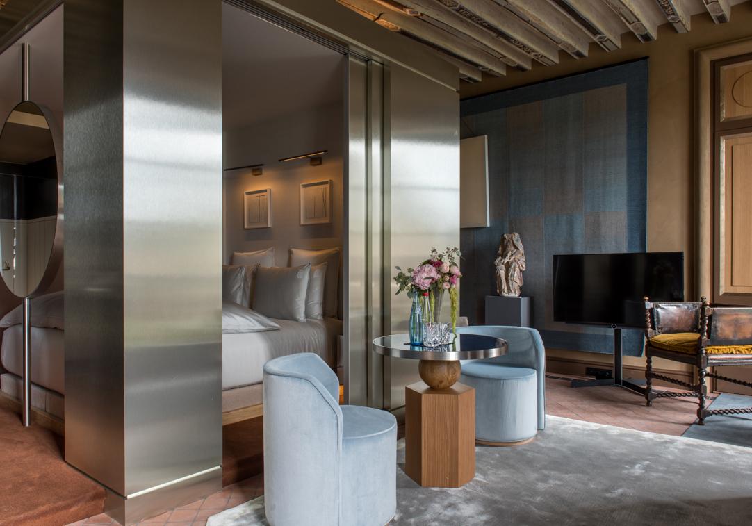 Cour_des_Vosges_Suite-201_Hotel-5-etoiles-de-luxe-paris_Gdelaubier