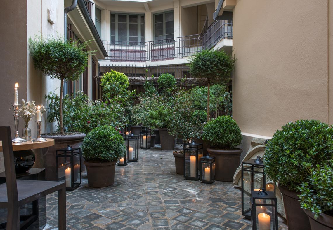 Entrée Hôtel 5 étoiles luxe Cour des Vosges Paris
