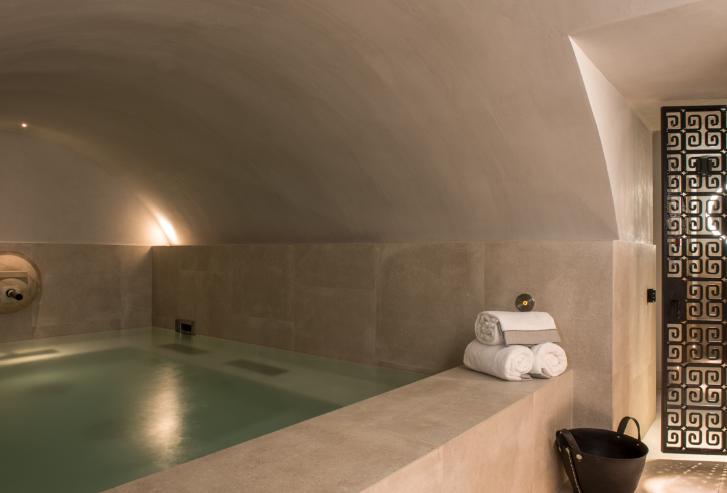 Bain romain, SPA Hotel de luxe 5 étoiles Place des Vosges