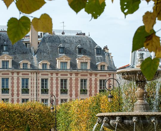 Offres Royal Tour -Cour_des_Vosges_Exterieur_2_Gdela-ubier